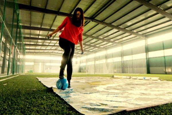 まさに芸術!サッカーボールで作り上げるアート作品がすごすぎる