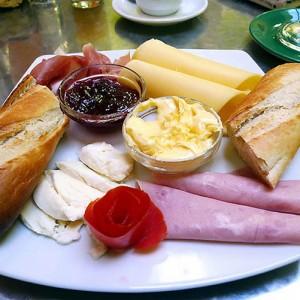 どの国のご飯が一番好きですか?写真で見る世界24カ国の朝食