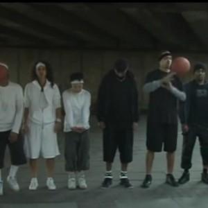 【動画】95%以上の確率できっと騙される!白い服を着たチームのパス回数