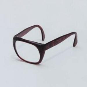 【なんでだよ】「メガネ・シンプル」で画像検索をしたらコレが出た(他8枚)