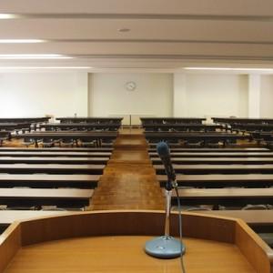 【大喜利状態】大学教授と学生によるナナメ上なやり取り(11個+1)
