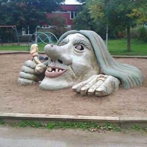 どうしてこうなった(笑)子供がゼッタイに遊びたがらない謎の遊具12選