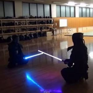 【その発想はなかった】剣道でライトセーバーを持たせたらこうなった