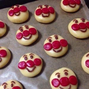 こんなはずじゃなかった!(笑)お姉ちゃん作のお菓子を焼いたら予定とは違った3枚