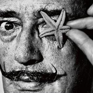 そっくりじゃないですか!(笑)ルー大柴さんのダリ展ポスター、「すんごい似てる」「企画力」