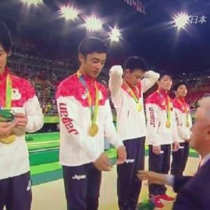 「可愛すぎる」・「これは言ってる」体操男子団体、白井選手が表彰台の上で言った言葉w