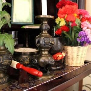 「家に帰って仏壇を見たら大変なことになっていた」→こりゃ大変だ!(笑)