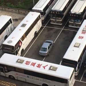 どうなるか覚えておけ!(笑)迷惑駐車をしたドライバーへの容赦ない制裁8選
