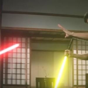 【話題】ブルース・リーのヌンチャクをライトセーバーに→戦うと…こうなる!かっこ良すぎる!