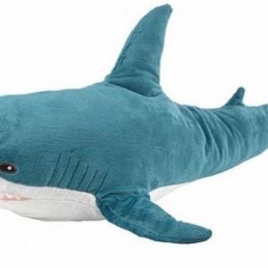 【ナイス例えw】イケアのサメが話題だけれど「オール後のマック」みたいなクマもいるから見て(笑)